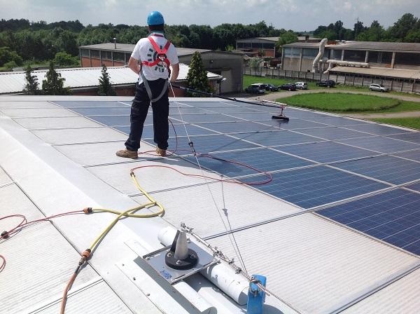 Fotovoltaico manutenzione, pulizia.