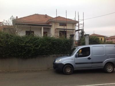 Isolamento casa. Insufflaggio muri perimetrali. Bellinzago Novarere, Novara.