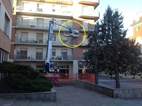 Isolamento condominio. Insufflaggio muri perimetrali. Nizza Monferrato, Asti.