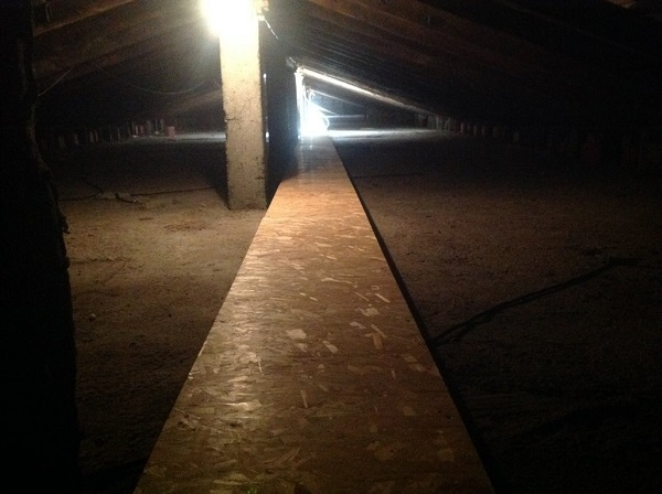 Isolamento tetto. Insufflaggio tetto. Novara.