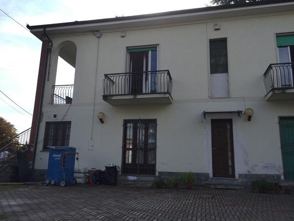 Isolamento casa. Insufflaggio muri. Castello di Annone (AT)