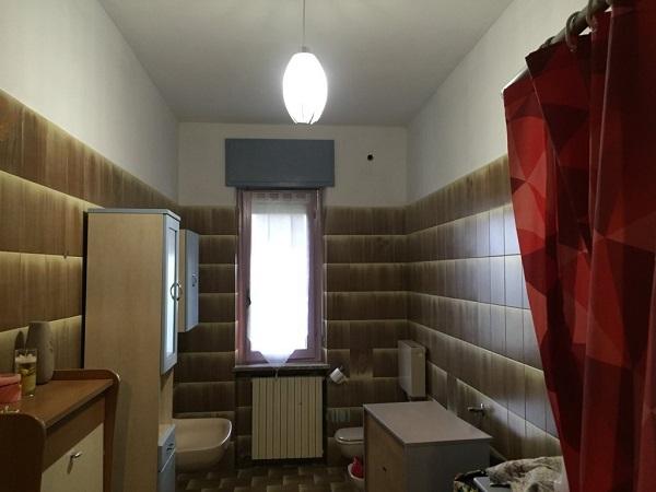 Isolamento casa. Insufflaggio muri. Coazzolo (AT)