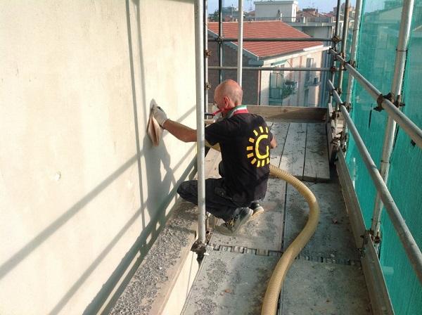 Isolamento condominio. Insufflaggio muri. Pietra Ligure (SV)