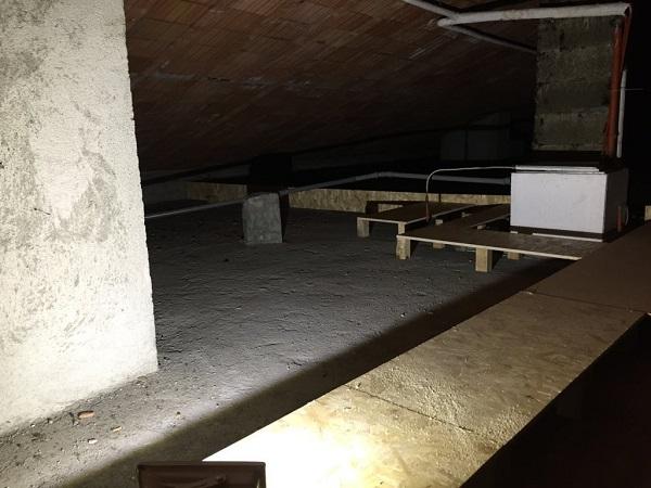 Isolamento casa. Insufflaggio tetto. Alessandria (AL)