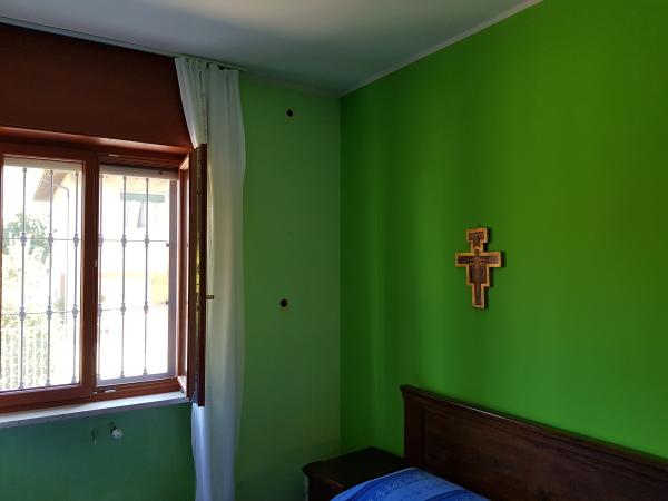 Isolamento casa. Insufflaggio muri. Santhià (VC)